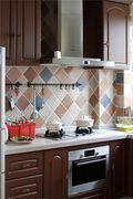 富裕型100平米东南亚风格厨房图片