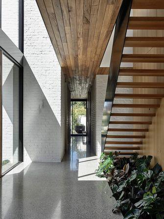 100平米现代简约风格楼梯间欣赏图