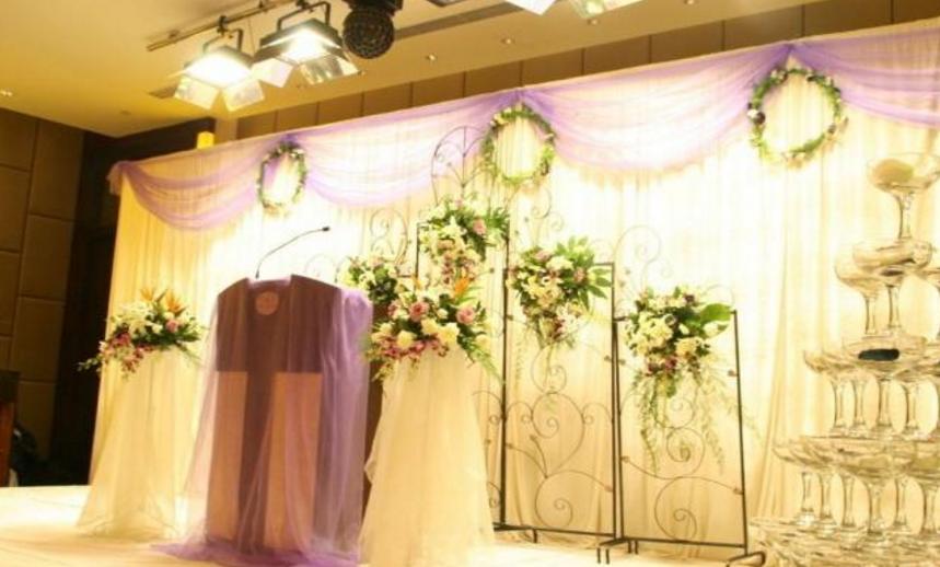 主战场婚礼的装饰