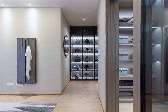 130平米三室两厅现代简约风格衣帽间欣赏图