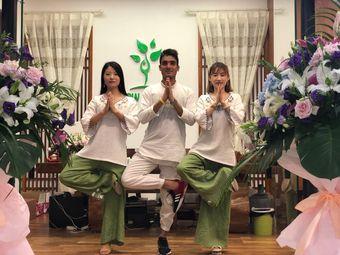 NEW YOGA 新·瑜伽