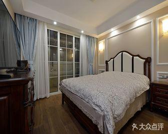 110平米三室两厅美式风格卧室装修图片大全