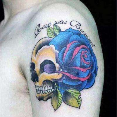 骷髅花纹身图