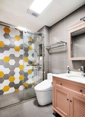 100平米三室兩廳北歐風格衛生間裝修案例
