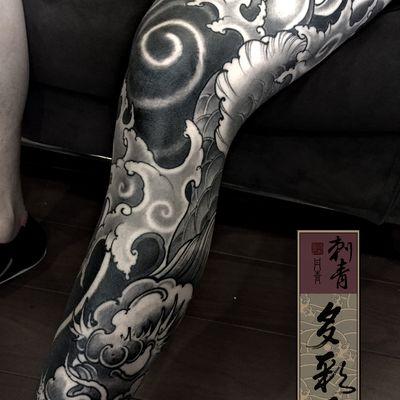 传统鱼化龙包腿纹身款式图