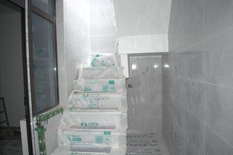 140平米三室两厅现代简约风格楼梯间图片