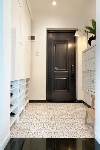90平米三室一厅现代简约风格玄关装修案例