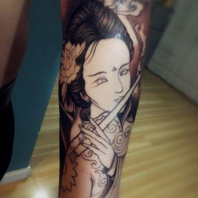 花臂艺妓未上色时纹身图