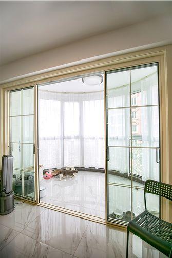 120平米三室两厅现代简约风格阳台装修案例