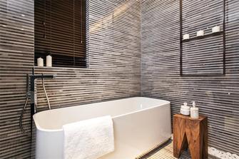 110平米三室两厅现代简约风格卫生间浴室柜装修效果图