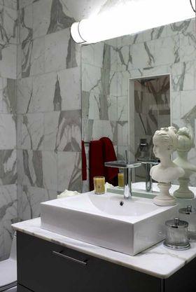 富裕型130平米三室兩廳歐式風格衛生間圖片