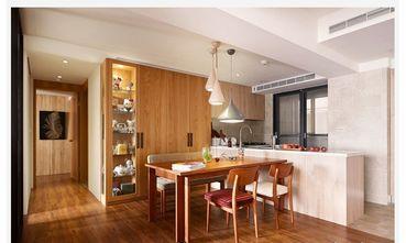 130平米三室两厅英伦风格餐厅效果图