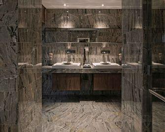 经济型80平米一室两厅新古典风格卫生间设计图