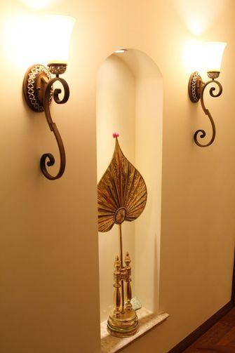 富裕型30平米以下超小户型东南亚风格走廊欣赏图