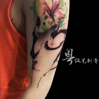水彩水墨风纹身图
