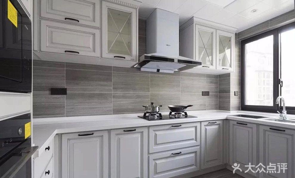美式风格厨房装修效果图