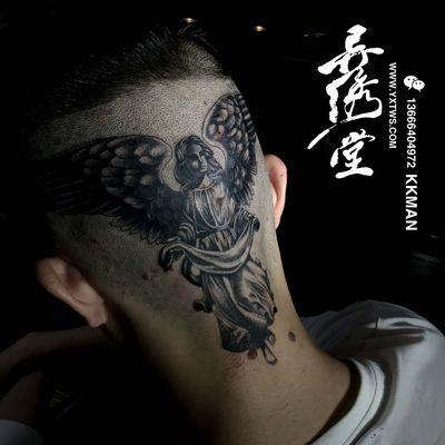 头部天使纹身图