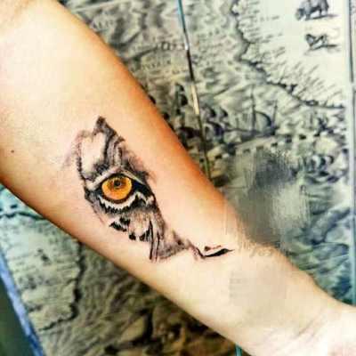 半个虎头纹身图