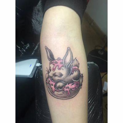 卡通兔子纹身图