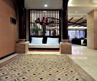 5-10万120平米三室两厅东南亚风格玄关效果图