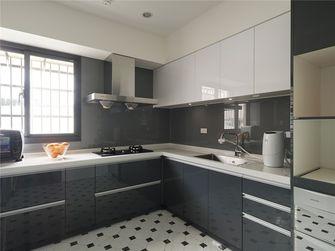 130平米现代简约风格厨房橱柜设计图