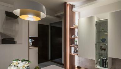 130平米三室两厅地中海风格玄关图片