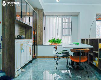 130平米三室一厅新古典风格餐厅图