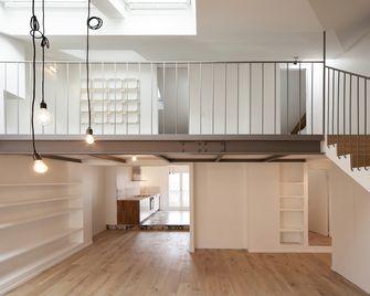 5-10万140平米三室三厅法式风格楼梯图片大全