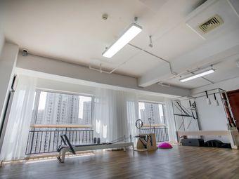 海派普拉提健身工作室