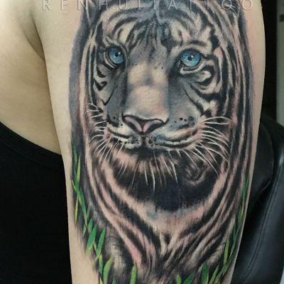 作品--写实 白虎纹身款式图