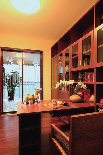 130平米三东南亚风格书房设计图