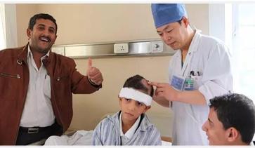 也门小童星植发主刀医师