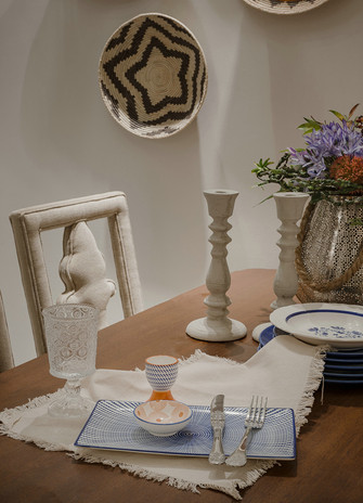 80平米三室三厅英伦风格餐厅图片