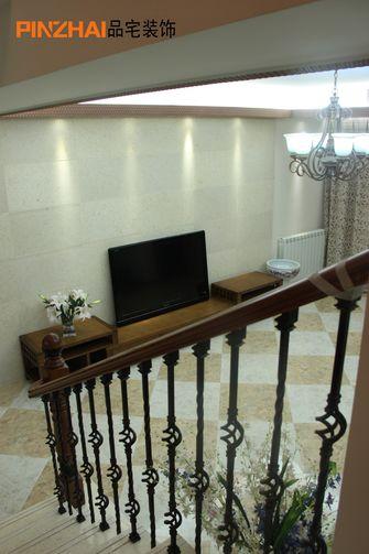 140平米四东南亚风格楼梯间欣赏图