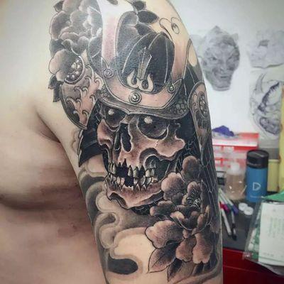 大臂骷髅武士纹身款式图