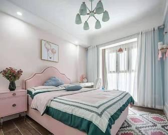 90平米三室一厅美式风格卧室装修案例
