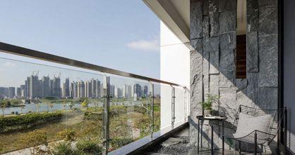 130平米三室三厅现代简约风格阳台装修效果图