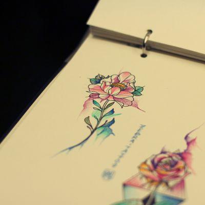 玫瑰手稿纹身图