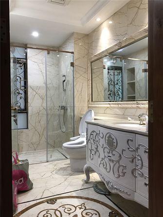 100平米三室两厅欧式风格卫生间装修效果图