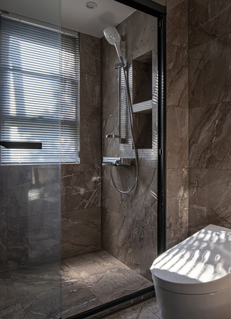 140平米三室两厅英伦风格卫生间效果图