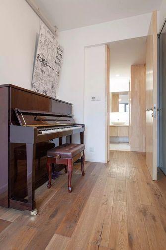 富裕型90平米三室两厅日式风格影音室图片大全