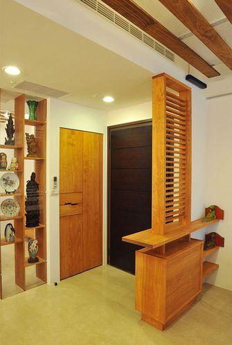 3万以下130平米三室两厅东南亚风格玄关图片