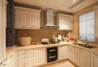 110平米四室两厅地中海风格厨房设计图