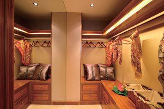 130平米三室两厅东南亚风格衣帽间效果图