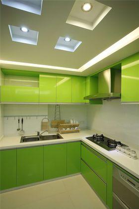 经济型120平米三室两厅现代简约风格厨房图