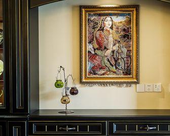 130平米三室一厅地中海风格其他区域装修效果图
