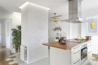 130平米三室两厅东南亚风格厨房图片大全