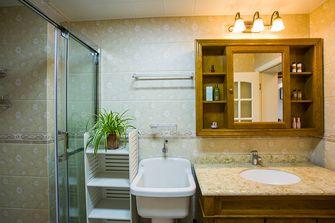富裕型130平米三室两厅田园风格卫生间图片