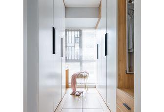 90平米三室两厅北欧风格衣帽间设计图