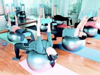 Space Yoga 空间瑜伽·普拉提·体态调整·康复理疗中心